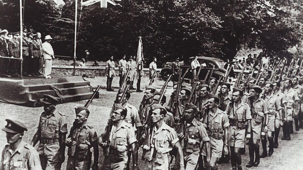 Vojáci od Tobruku, Anglie roku 1943