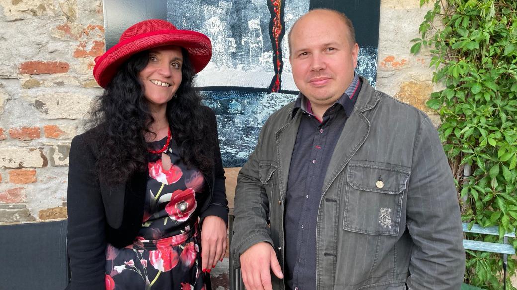 Francouzská šansoniérka Céline Bossu a klavírista Roman Vavřík