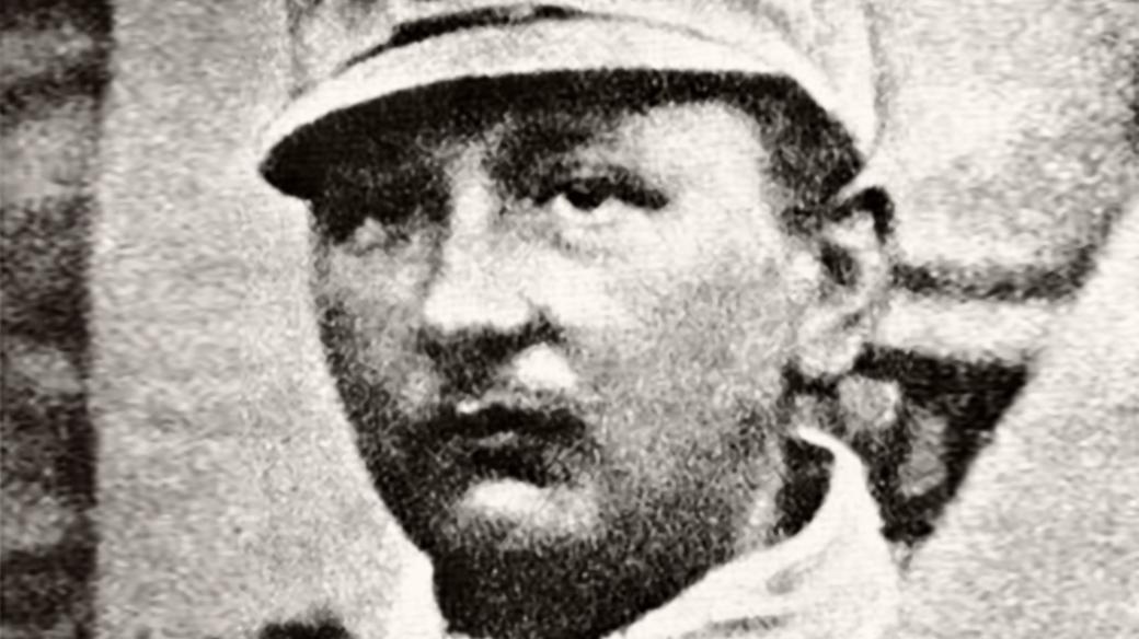 Jaroslav Hašek v rakousko-uherské unformě v roce 1915