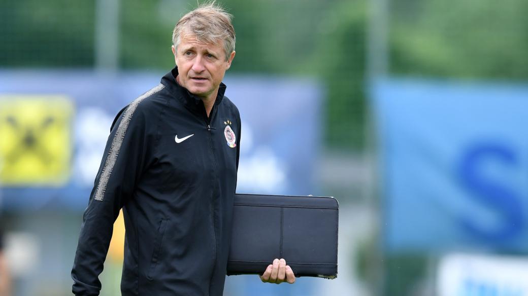 Michal Horňák, bývalý fotbalista, dnes trenér B týmu pražské Sparty