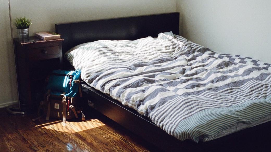 Postel - ložnice - ubytování - airbnb