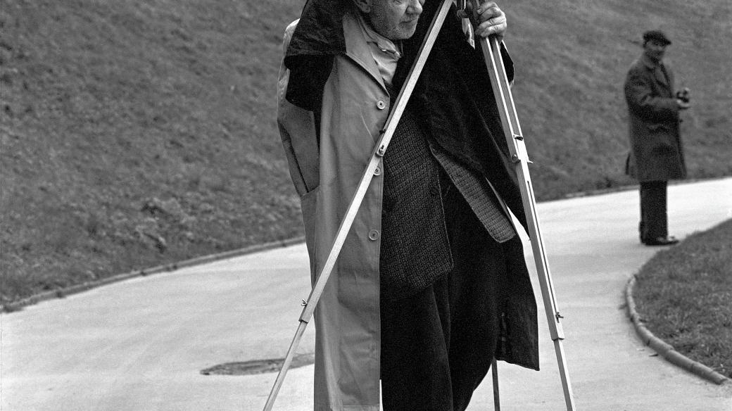 Josef Sudek s kamerou, Praha, 1967
