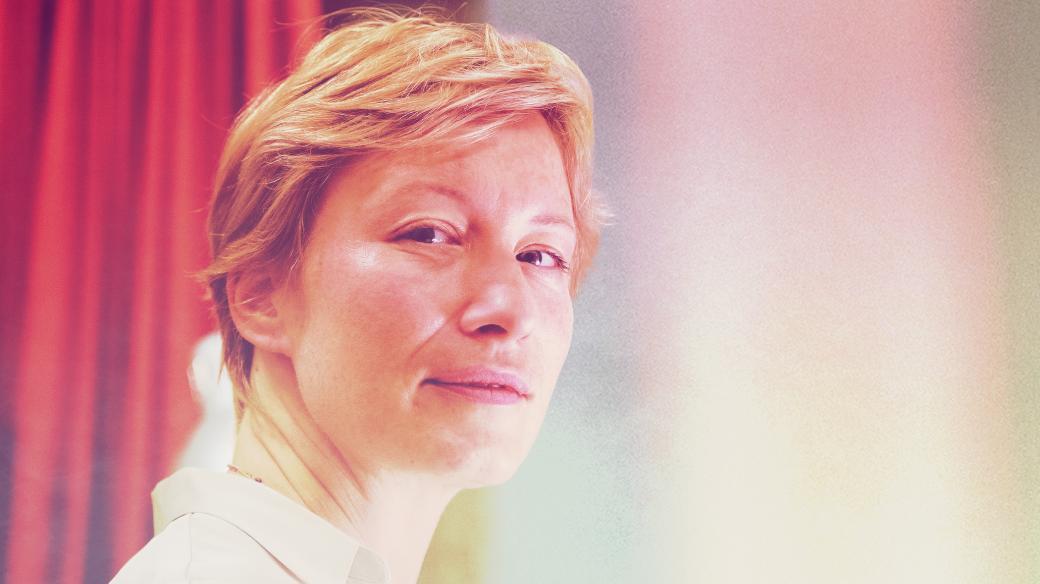 Elena Ferrante: Tíživá láska. Čte Helena Dvořáková