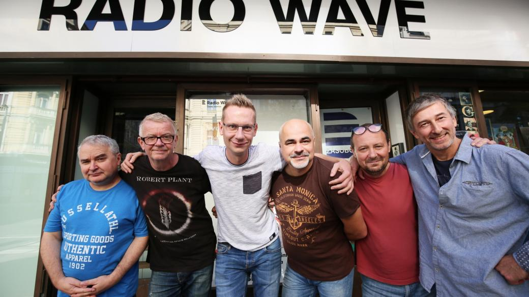 Radio Wave Studio Session - Mňága a Žďorp