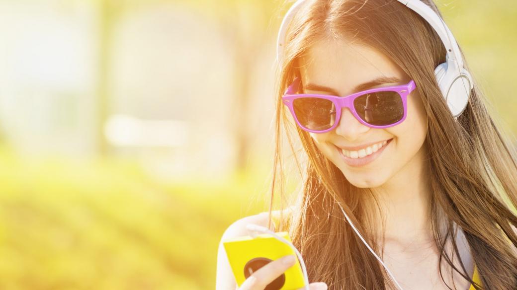 Hlasujte pro svou oblíbenou písničku v hitparádě Rádia Junior