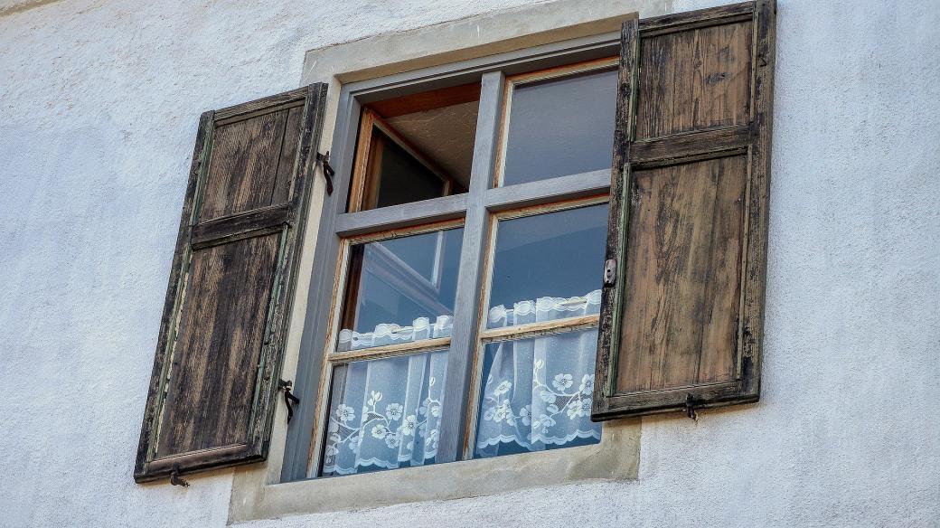 Větrání oknem (ilustrační foto)