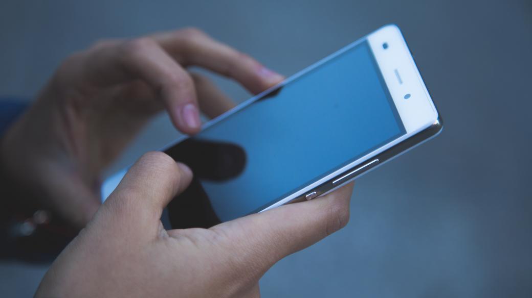 Chytrý telefon (ilustrační photo)