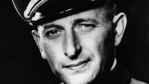 Adolf Eichmann přibližně v roce 1942