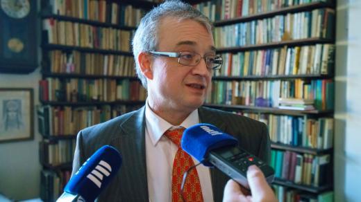 Marek Benda v rodičovském bytě na pražském Karlově náměstí