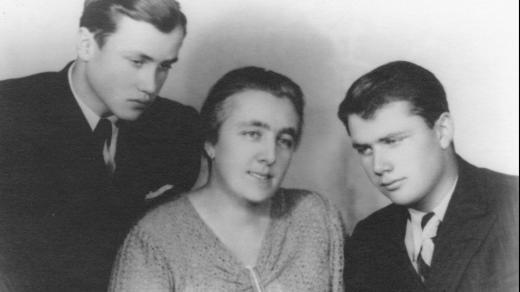 Vlastimil, Marie a Miroslav Moravcovi