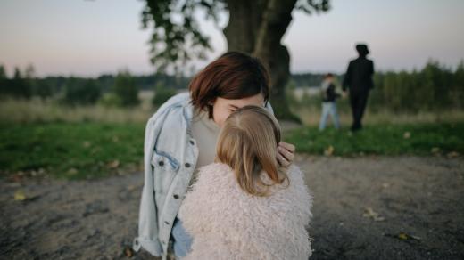v přírodě - rodina - rodiče a děti