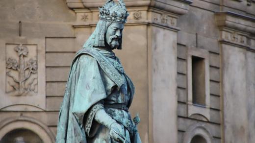 Karel IV., pomník na Křižovnickém náměstí v Praze
